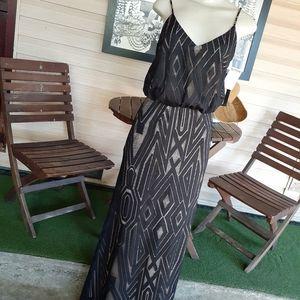 NWT Xscape Maxi Dress Size 4
